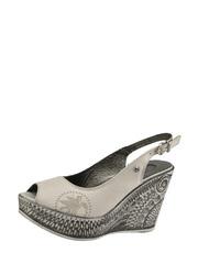 Sandały z wzorzystym koturnem Karino